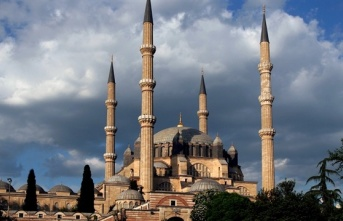 Selimiye Camisi'ne ziyaretçi akını