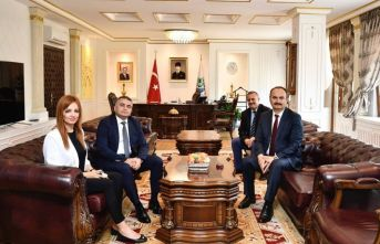 USHAŞ Genel Müdürü'nden Vali Canalp'e ziyaret