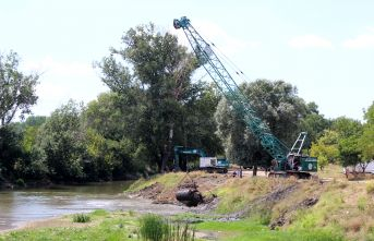 Tunca Nehri'nde temizlik