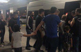 Okul servisiyle göçmen kaçakçılığı