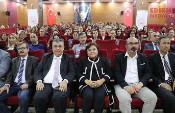 """""""Dünya Türkiye'yi örnek alıyor"""""""