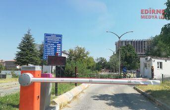 Trakya Üniversitesinin Cumhurbaşkanının kararından haberi yok mu?