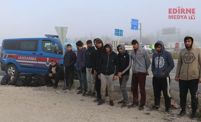 Mülteciler gözetim altında