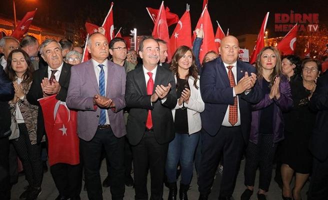 Edirne'ye yakışan kortej