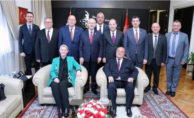 Kılıçdaroğlu'nu ziyaret ettiler