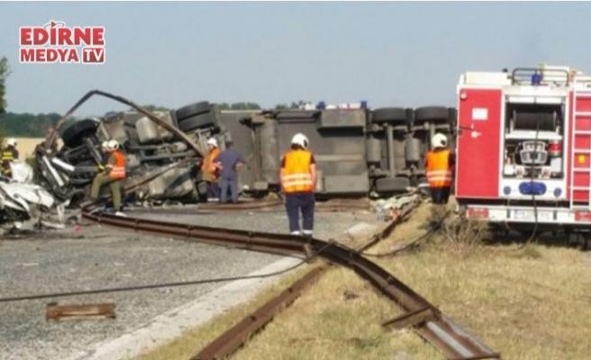 Feci kazada 6 kişi öldü