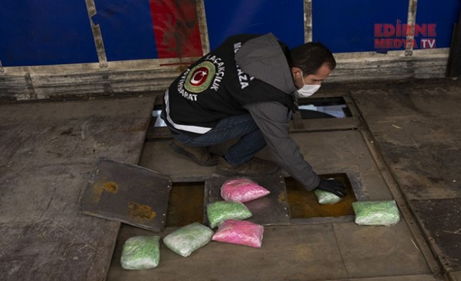 800 bin uyuşturucu hap ele geçirildi