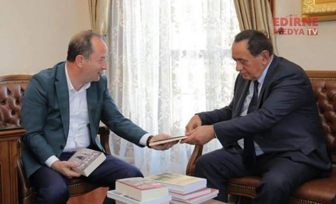 Suç örgütü lideri olarak tanınan Çakıcı, Başkan Gürkan'ı ziyaret etti