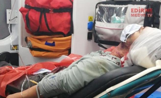 Yol verme tartışmasında 2 kişi yaralandı