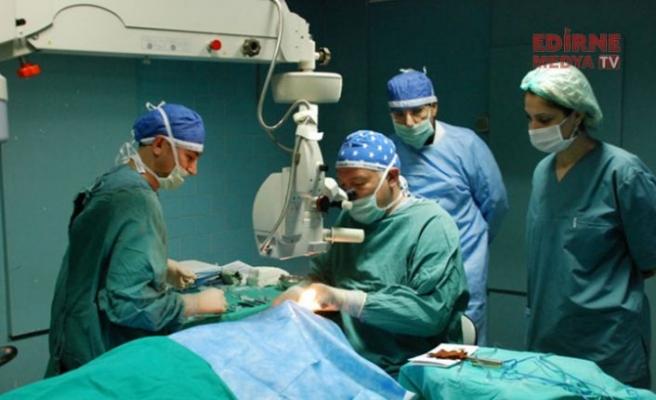 1800 hasta Karaciğer nakli bekliyor