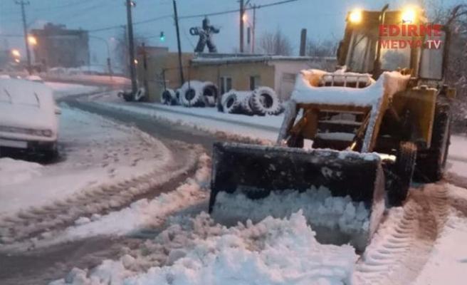 Kar, İlçelerde etkili oldu