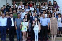 Özel Yetenekli çocuklar sertifika aldı