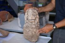 2 bin 200 yıllık heykel bulundu