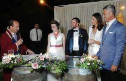 Muhteşem bir düğün töreni ile dünyaevine girdiler.