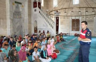 Jandarmadan Kur'an kurslarında eğitim