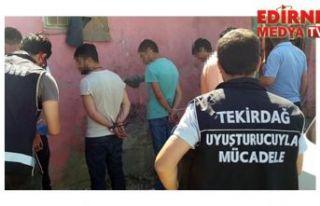 12 kişi gözaltına alındı