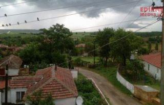 Edirne'de bir köy gönüllü karantinaya alındı