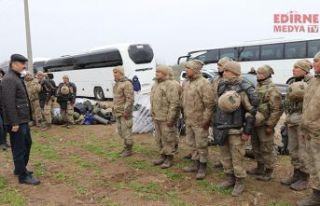 Sığınmacılar gitti, Vali Canalp teşekkür etti