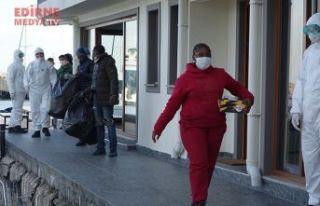 Yunan atıyor, Türkiye kurtarıyor