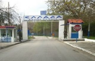 Yunanistan sınır kapılarını açıyor mu?