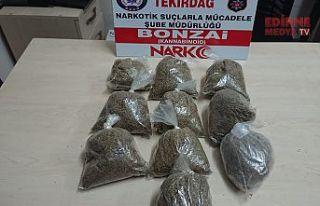 1 kilogram uyuşturucu ele geçirildi