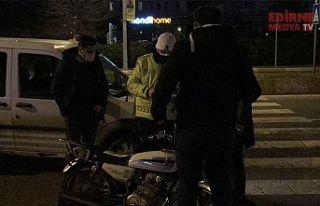 Polisten kaçan motosikletteki 2 kişi yakalandı