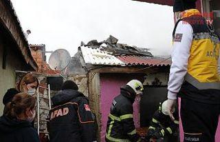 Yangında yatalak yaşlı adam hayatını kaybetti