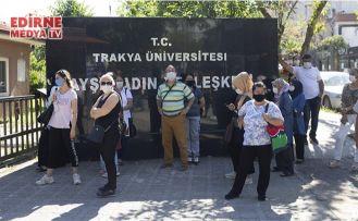 Öğrenciler ter döktü, aileler dışarıda bekledi
