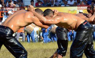"""""""Festival yok, güreş var"""""""