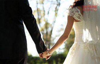 Evlenmeler de, boşanmalar da azaldı